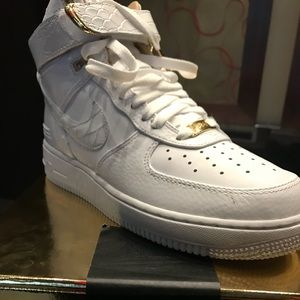 JUST DON Limited Edition Air Force 1s NIB Sz 7.5